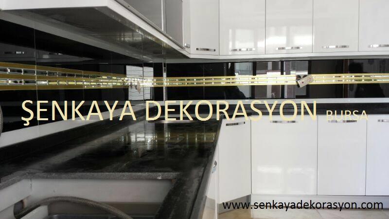 siyah mutfak